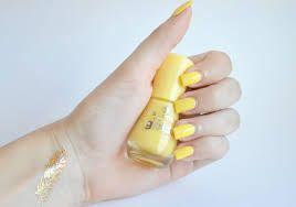 Výsledek obrázku pro essence the gel nail polish 38 love is in  the air!
