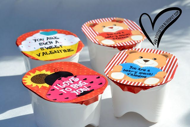 """Valentine Day Pringles Snack Label {free printable} ~ """"You are a bear-y special Valentine""""!  Aren't these free printables adorable?  There are four caption choices to download, print and attach to individual sized Pringles chips.  Perfect to pass out to classmates or give them as party favors."""