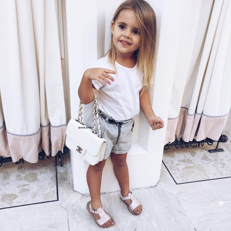 388 mentions J'aime, 11 commentaires – PAGE FOR SALE  ❤ (@beautiesclassy) sur Instagram : «Adorable Yay?  Via @beautygoallls By @lendel.couture »