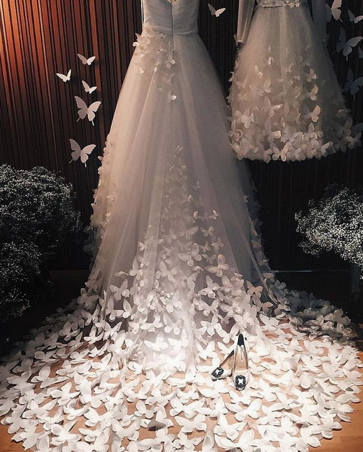 Butterfly Wedding Gown: A #weddingdress Fit For A Fairy Princess! //