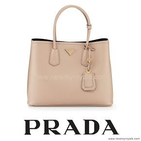 12 September 2016 - Mary style: PRADA