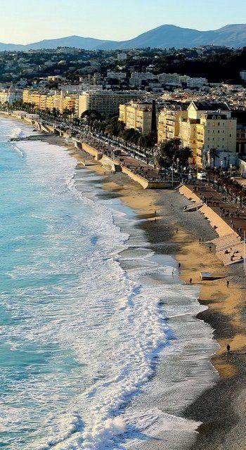 Mediterranean Coast of Nice, France (by jmlkphotography on Flickr)