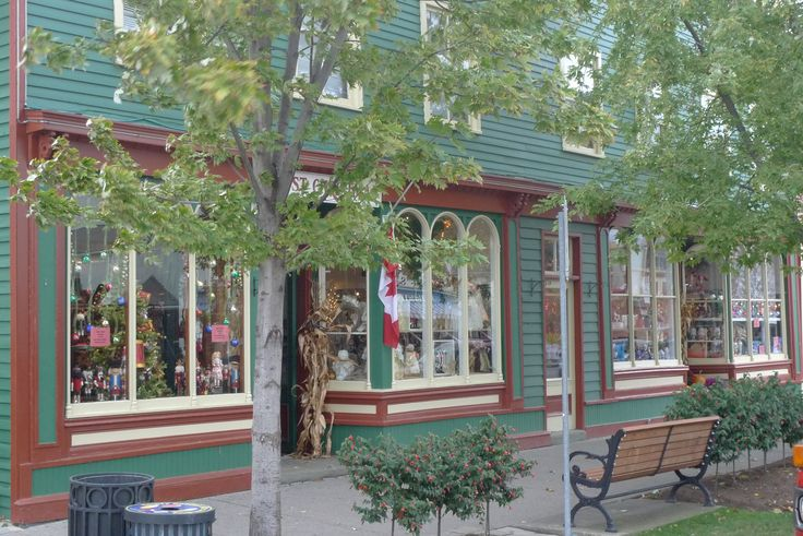 Just Christmas - the Road Trip visits Canada - Christmas Shops around the World