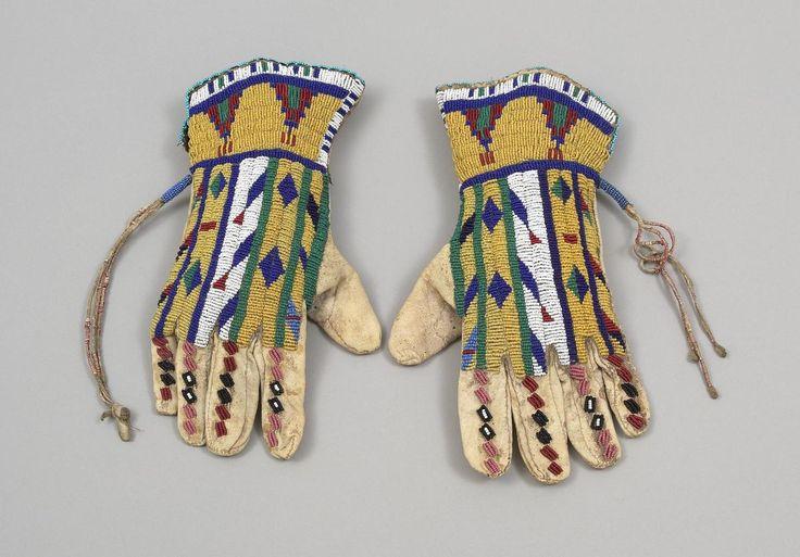 Lakota beaded gloves 1885