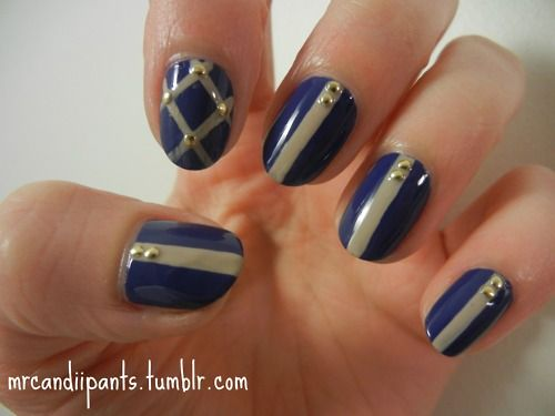 Navy and beige with studsPointer Fingers, Nails Art, Nails Studs, Accent Fingers, Easy Manicures, Colors Combinations, Studs Nails, Blue Fun, Cues Pointer