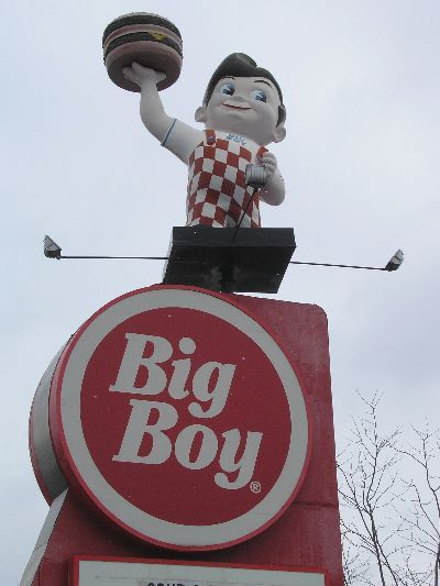 Big Boy Restaurants My Mom would take me before afternoon kindergarten. I loved their strawberry shakes!