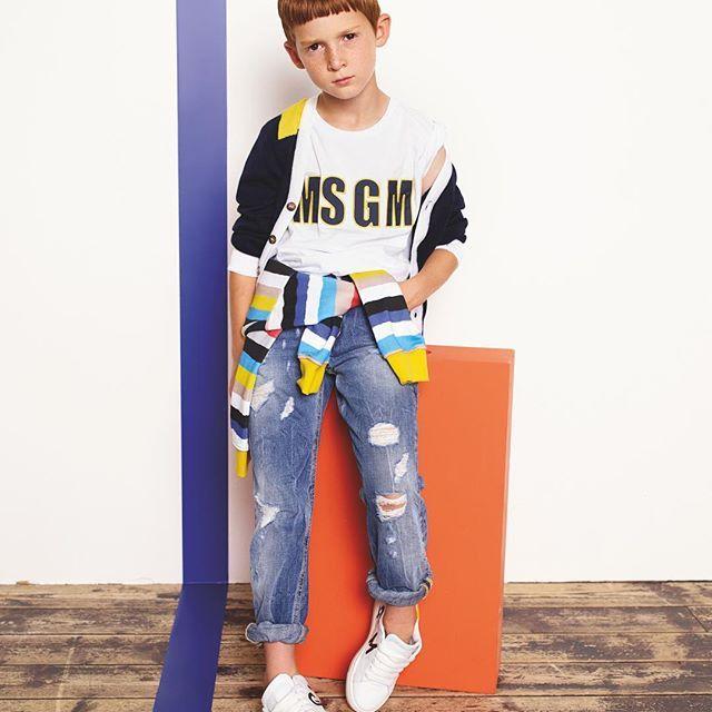 Spring Summer  Boy collection / #msgmkids #ss17collection  . . #ss17 #campaign #msgm #dressyourfuture #kidswear #kidsstyle #kidsclothes #springsummer #summertime #springfashion #boyfashion #sportswear #tv_kidz