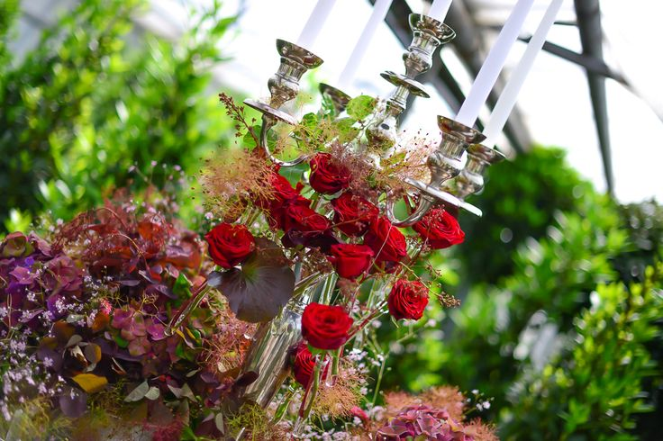 romantic candelholder with red roses #red #wedding #romantic #roses #fairytale