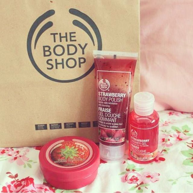 Click to get a discount at the body shop! http://stackdealz.com/deals/The-Body-Shop-Coupon-Codes-and-Discounts--/ Oxford St, London. (look for opening for St Christopher Pl)