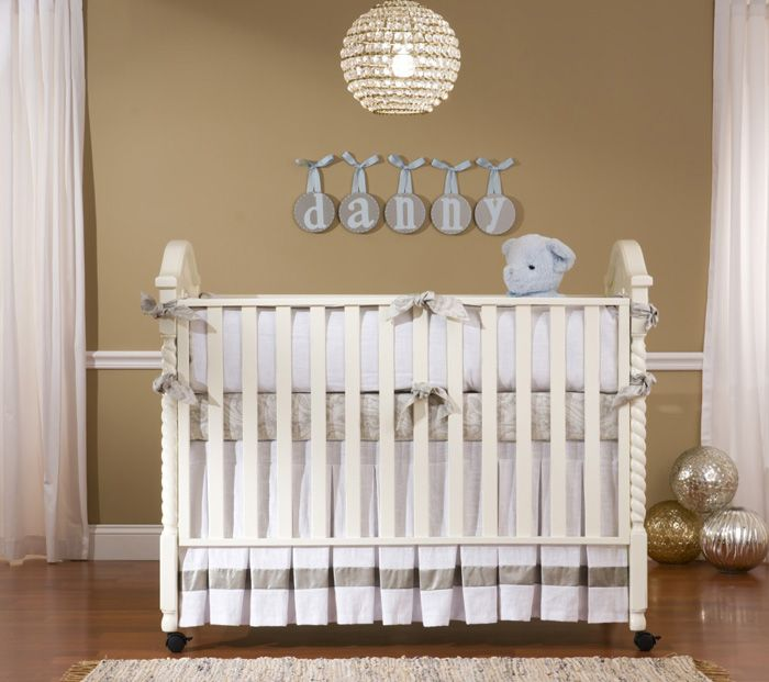 Bellini Danny Crib In Antique White Cribs Vintage Crib