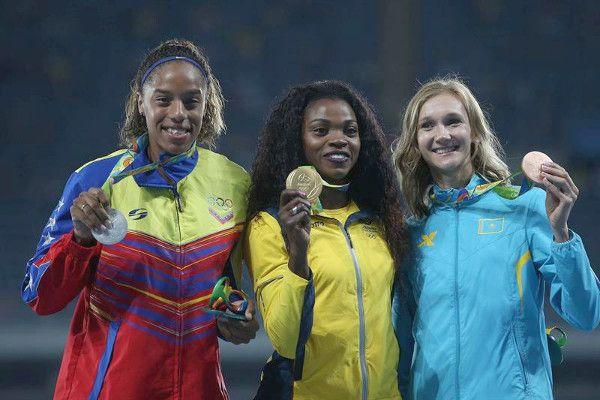 venezuela en podio salto triple