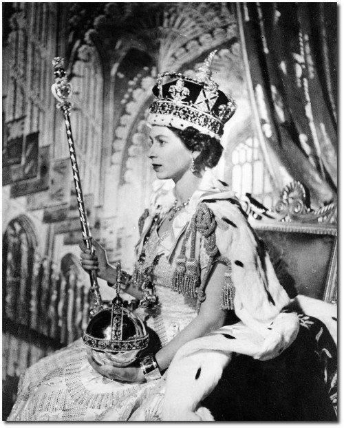 Королева Англии Елизавета 2 после коронации.1953 год.