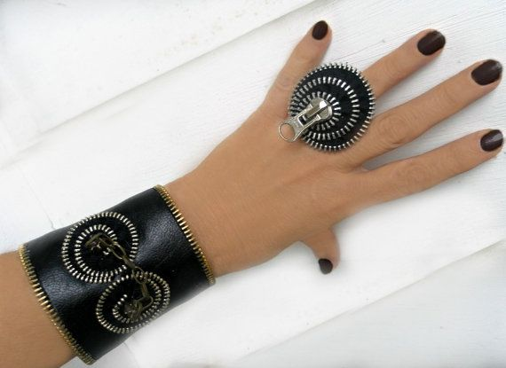 Bracelet and ring black zipper and leatherette, set bracelet and ring, eco friendly, recycled jewelry