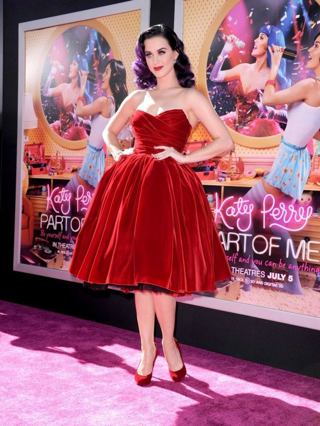 Katy Perry wearing a Dolce & Gabbana dress (see also http://www.pinterest.com/pin/184788390936299018/ for another picture)