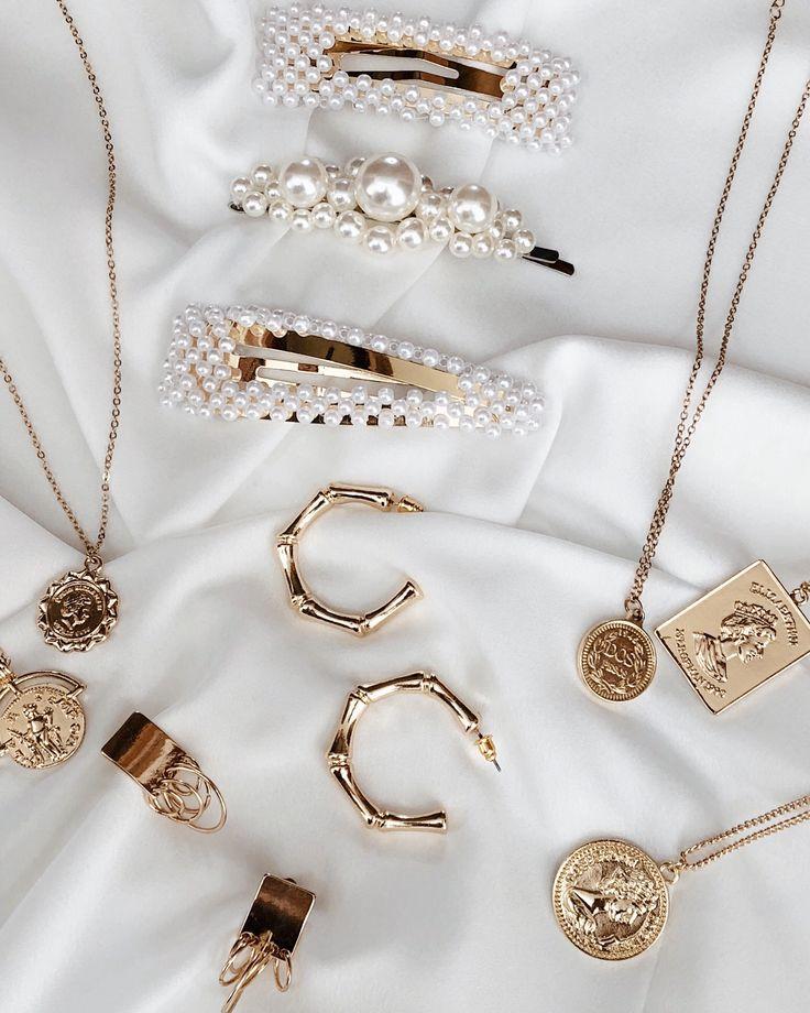 Belmto Minimal Jewelry & Pearl Barrette
