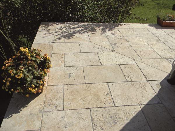 Naturstein Platte Travertin Beige Fur Aussen Natursteine Bodenplatten Steine