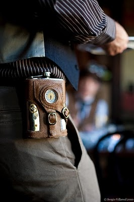 Cute hip flask. And a great way to disguise the fact that I pretty much need a bottle of water with me at all times. I wonder if someone has come up with a steampunk coffee travel mug yet....
