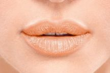 Lakme 9 to 5 Crease Less Lip Balm – Lip Swatches ginger suit