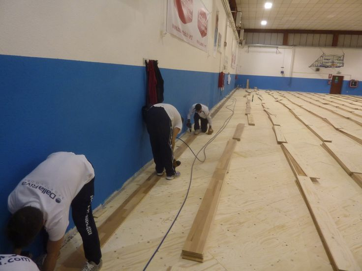 Il palazzetto di Venegono ospita le sfide interne della locale squadra di basket fondata nel 1963