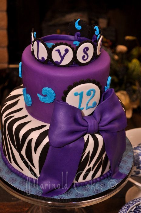 Purple Zebra Cake Design : 17 Best ideas about Zebra Birthday Cakes on Pinterest ...