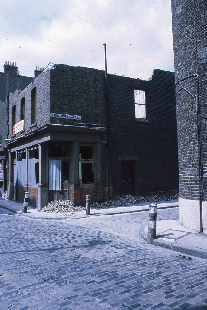wapping high street junction with brewhouse lane 1970's