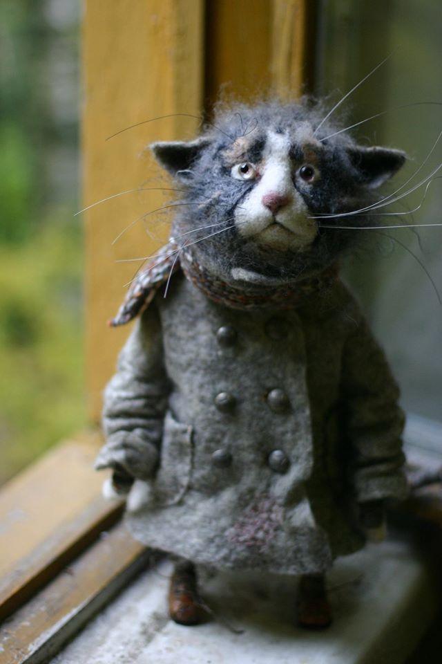 Needle felted cat in an overcoat by Katya Kozunenko