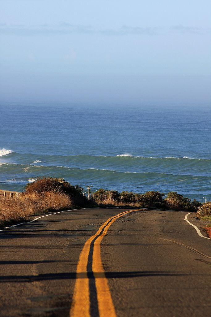 : The Roads, Paths, Waves, The Ocean, Open Roads, Roads Trips, Ocean View, Roadtrip, The Sea