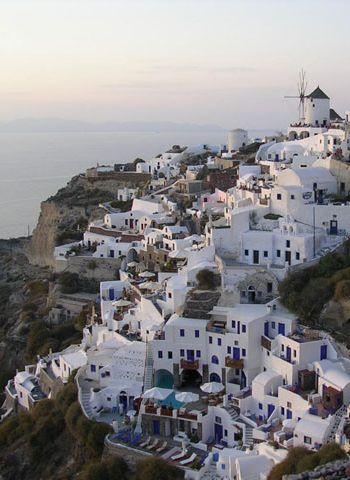 Greek Island Hopping Basics: 5 Must-See Spots