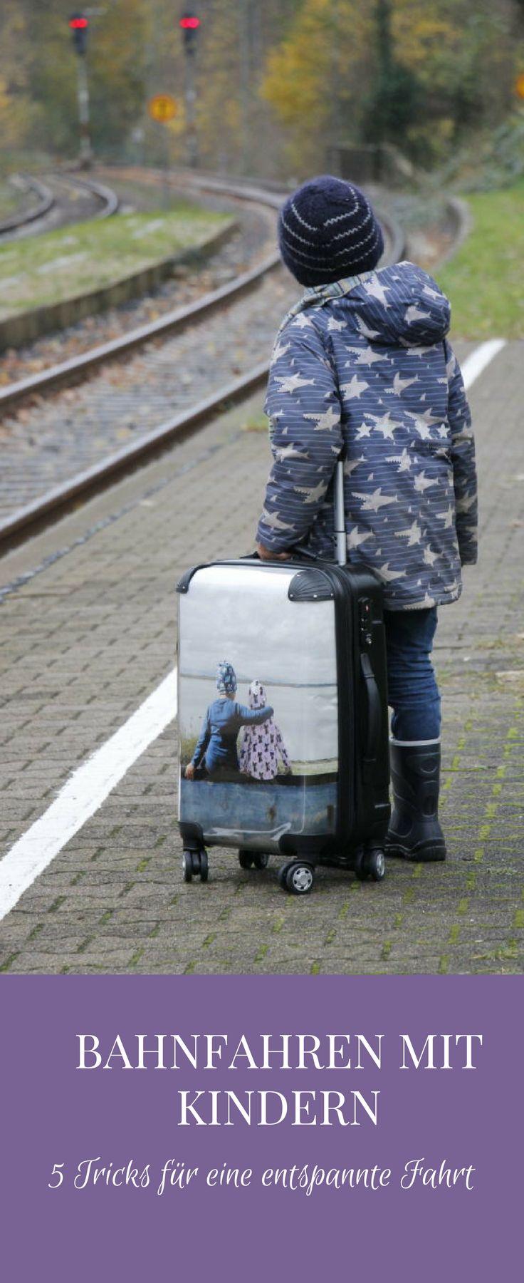 Bahnfahren mit Kindern: Tipps für eine entspannte Bahnfahrt mit Kindern. Die Erfahrung lehrt, dass eine Bahnreise mit Kindern oft anstrengend ist. Daher sollte man das Zugfahren mit Kindern planen, vorbereiten und einiges bedenken.