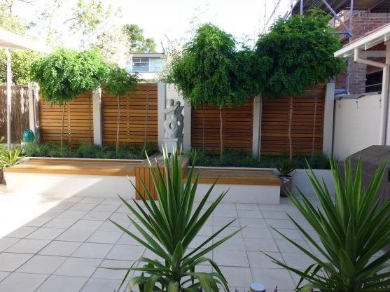 paver garden fence