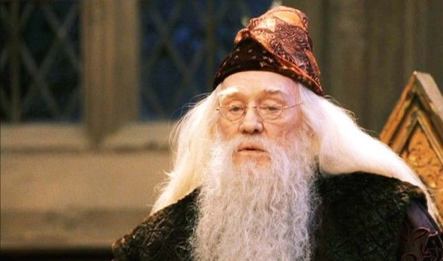 J.K. Rowling Sends A Letter From Dumbledore, Wand, & Hogwards Acceptance To Girl Who Survived Texas Shooting -- TheMarySue.com