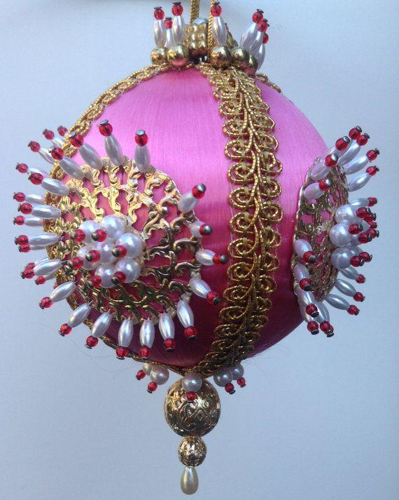 Vintage Beaded Ornaments 71