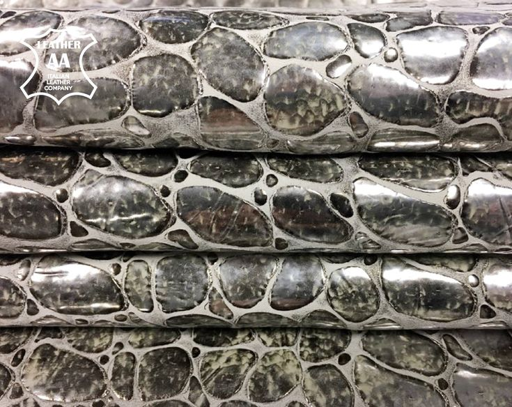 3oz Large sheep hides with metallic pebble print paving texture genuine sheep skin print brushed silver 761 SILVER STONES embossed leather