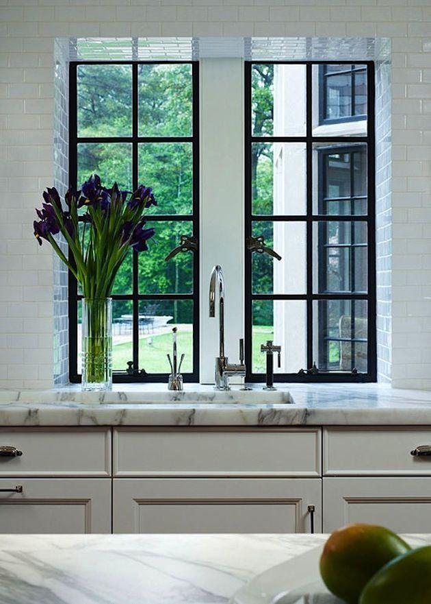 New kitchen window black interior design Ideas New Home Windows, Interior Windows, House Windows, Bedroom Windows, Black Window Frames, Black Windows, Steel Windows, Iron Windows, Modern Windows