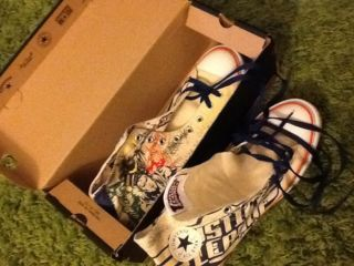 Brand new converse in box size 13 Hull Picture 1