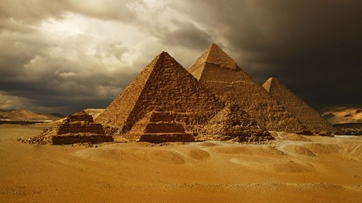 Kheopspyramiden i Egypt, det eneste av verdens syv opprinnelige underverker som fortsatt er bevart.