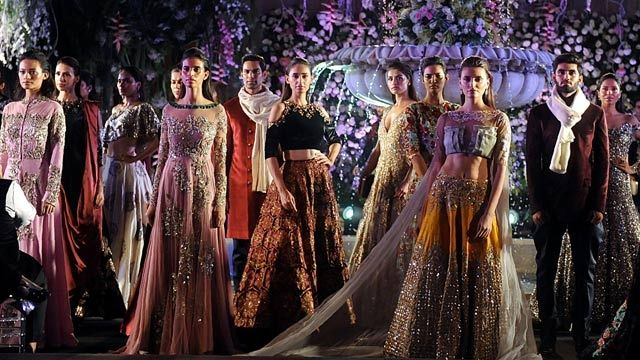 Lakme Fashion Week: Manish Malhotra presents the fun bride of our times | Latest News & Updates at Daily News & Analysis