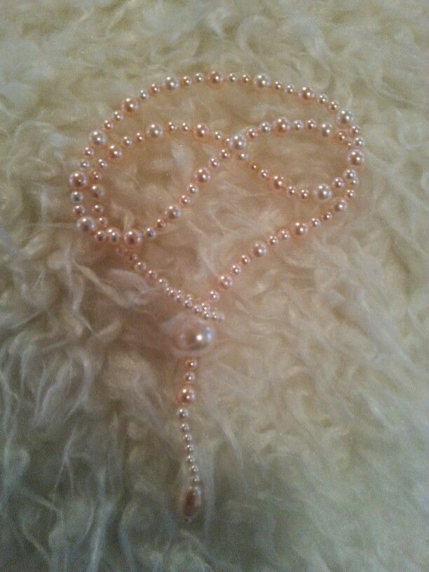 Swarovski necklace without clasp. Cream rose and peach coloured.