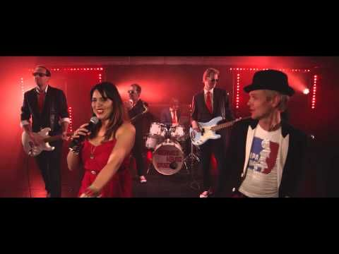 ▶ Hermes House Band - Please don't go (don't you) - YouTube