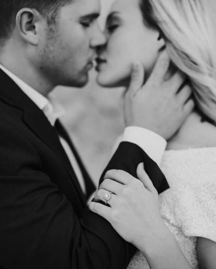 Kisses are the best think in my life.  Photo Chelsea Bollinger #weddingphotography #love #kiss #couple