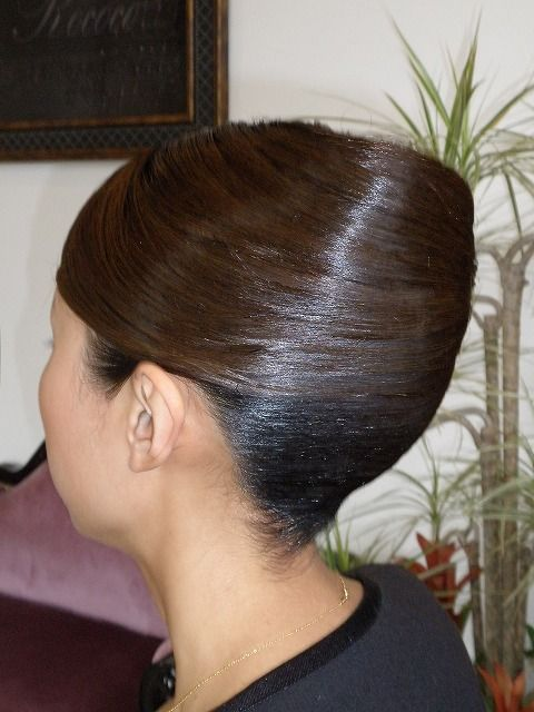 Pin By Ashwin K On Hairstyles Roll Hairstyle Hair