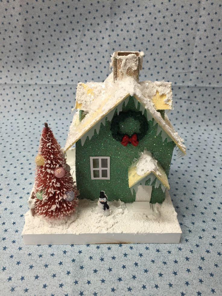 Putz style Glitter house von ooodlesofglitter auf Etsy https://www.etsy.com/de/listing/469277542/putz-style-glitter-house