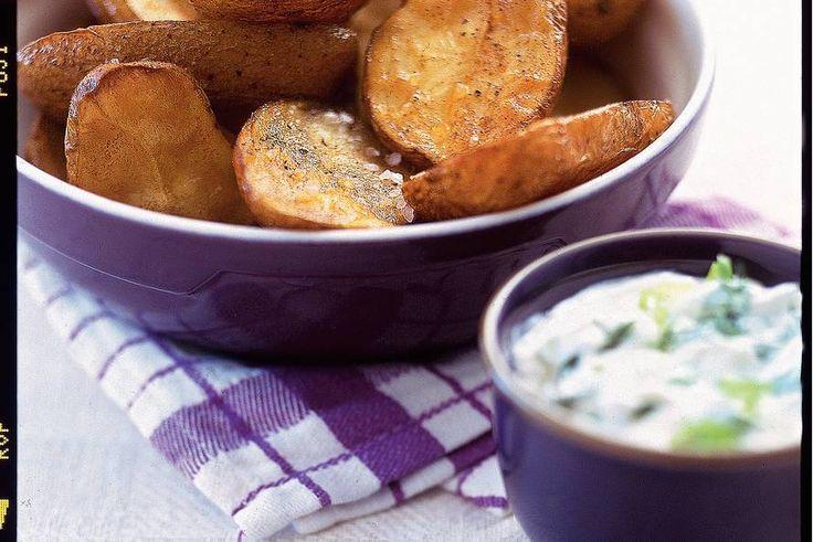 Kijk wat een lekker recept ik heb gevonden op Allerhande! Gepofte aardappels met Griekse yoghurt