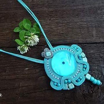 Mavi pendant #sutasz #soutache #pendant #jewelry #bijoux #handmade #rekodzielo #turquise #madeinpoland