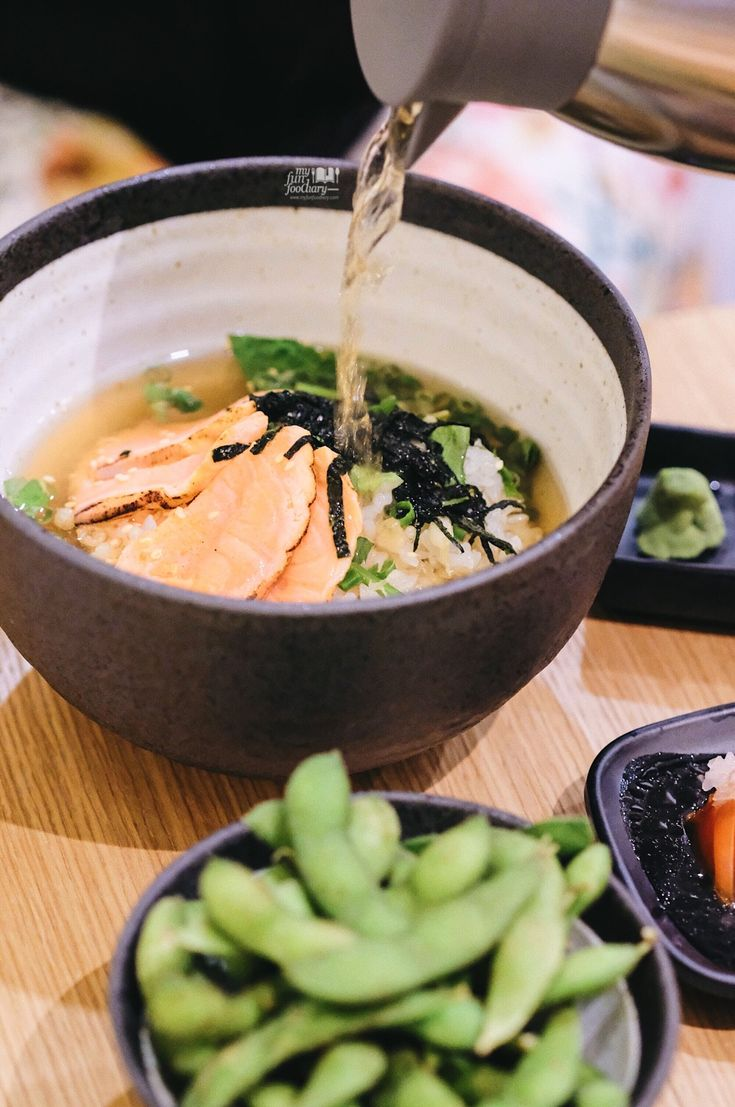 This is it, Salmon Dashi Chazuke, Japan's comfort food, beloved by people throughout Japan and now available at Zenraku Grand Indonesia. There are many rice bowl menus for you with 7 different toppings to choose from.