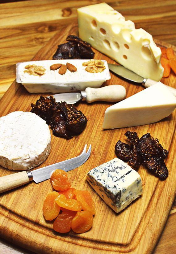 Coluna Food Tips - Dicas da Fabiana Pinfildi, do blog de gastronomia Figos e Funghis, para a montagem perfeita da tábua de queijos.