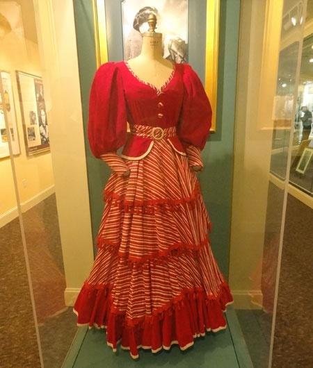 Ava Gardner Museum in North Carolina ava-gardner-show-boat-dress