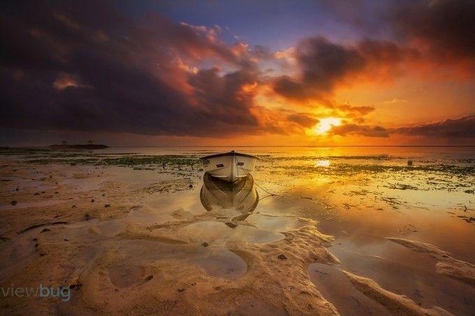 """LowandHigh"" by chokysinam! Find more inspiring images at ViewBug - the world's most rewarding photo community. http://www.viewbug.com/photo/58921295"