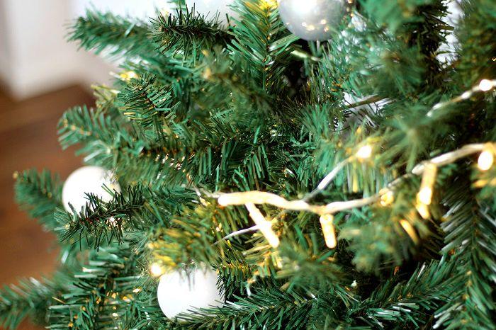 Unechter Weihnachtsbaum kaufen