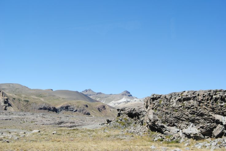 Rocas Basálticas y Sedimentos Volcánicos